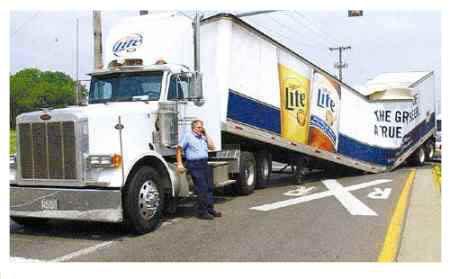 faut apprendre à conduire.... - Page 15 Camion-lite